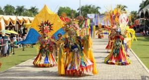 tarian festival erau kutai kartanegara kalimantan timur