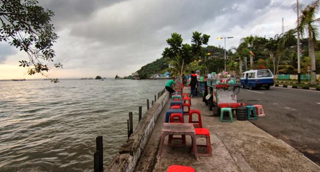 Pantai Melawai Tempat Nongkrong Muda Mudi Balikpapan